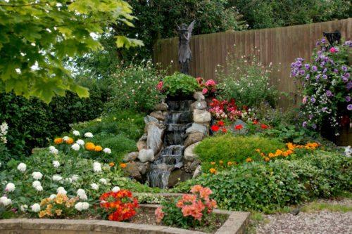 Idee Per Il Giardino Piccolo : Le idee per realizzare un giardino accogliente e originale